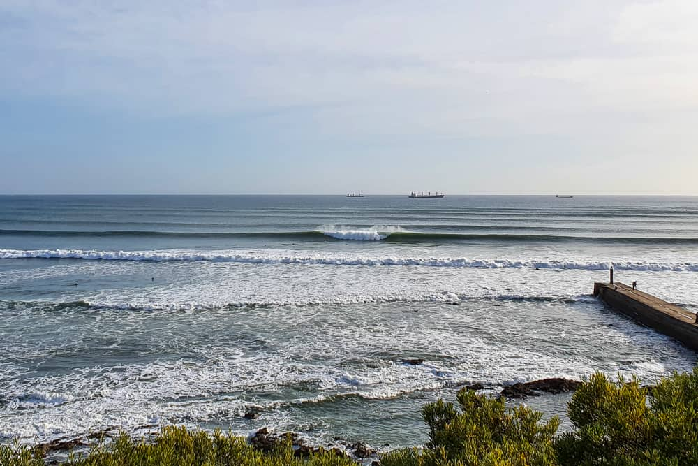 Amazing waves on a big day at Praia das Moitas in Monte Estoril